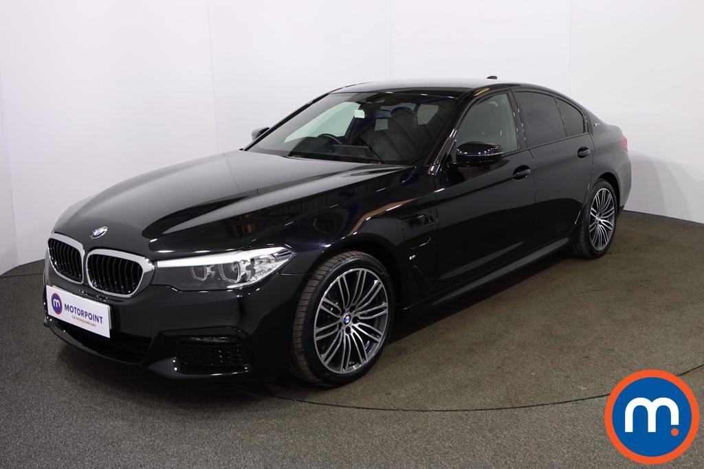 BMW 5 Series 530e M Sport 4dr Auto - Stock Number 1176857 Passenger side front corner