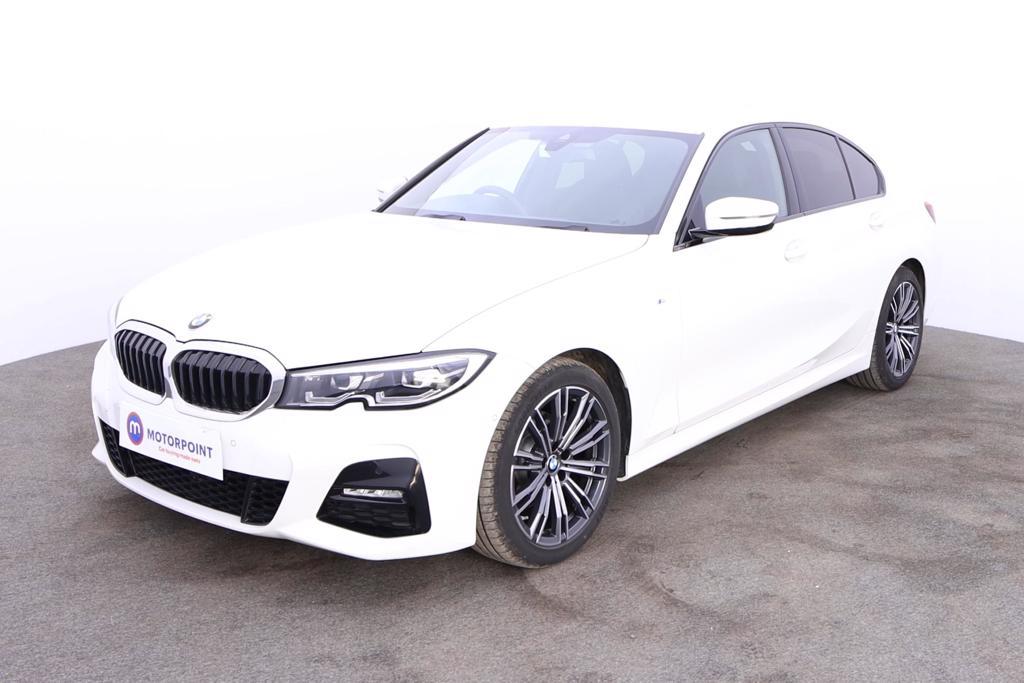 BMW 3 Series 320i M Sport 4dr Step Auto - Stock Number 1175210 Passenger side front corner