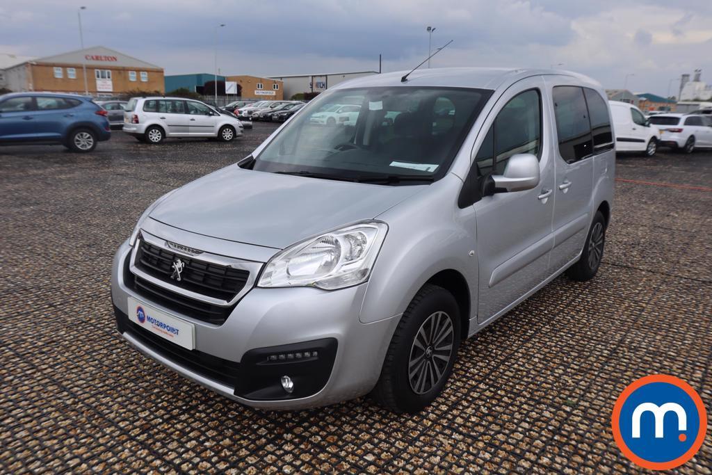 Peugeot Partner Tepee 1.6 BlueHDi 100 Active 5dr ETG - Stock Number 1188194 Passenger side front corner