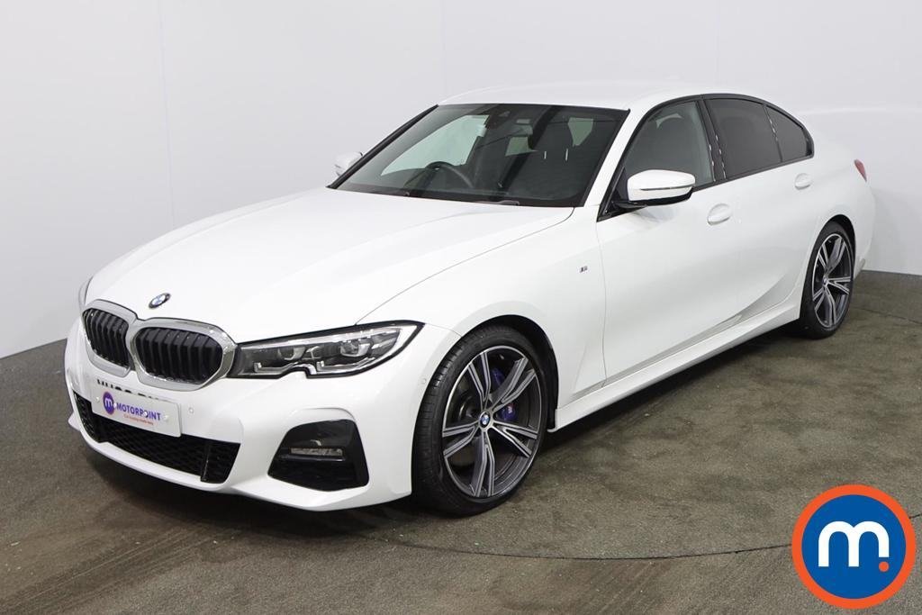 BMW 3 Series 330i M Sport 4dr Step Auto - Stock Number 1186784 Passenger side front corner