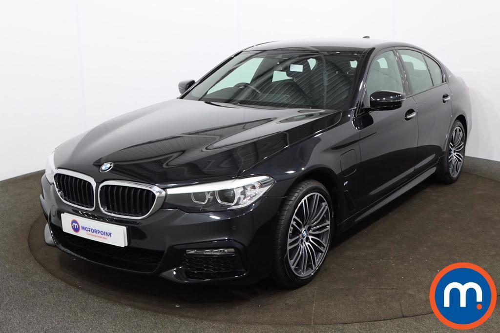 BMW 5 Series 530e M Sport 4dr Auto - Stock Number 1184623 Passenger side front corner