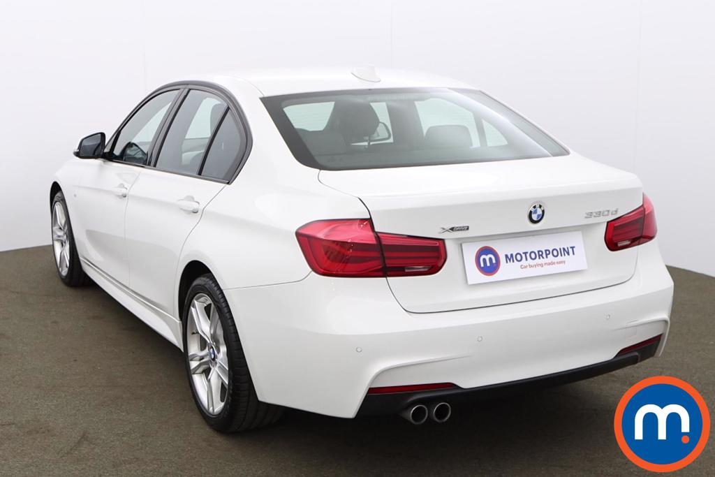 BMW 3 Series 330d xDrive M Sport 4dr Step Auto - Stock Number 1191123 Passenger side front corner