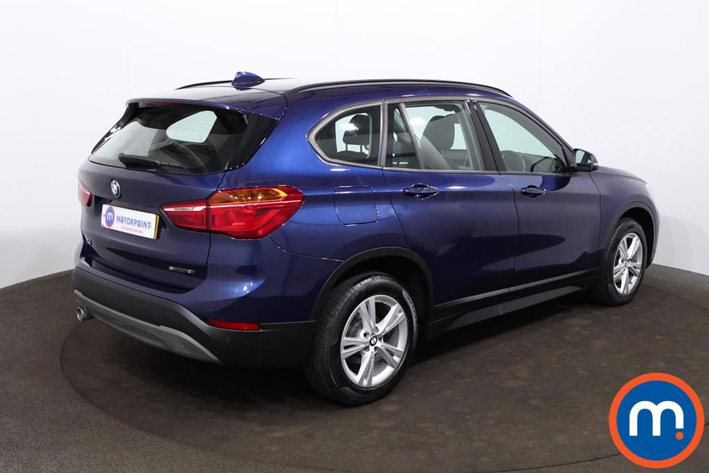 BMW X1 sDrive 18i SE 5dr - Stock Number 1205335 Passenger side front corner