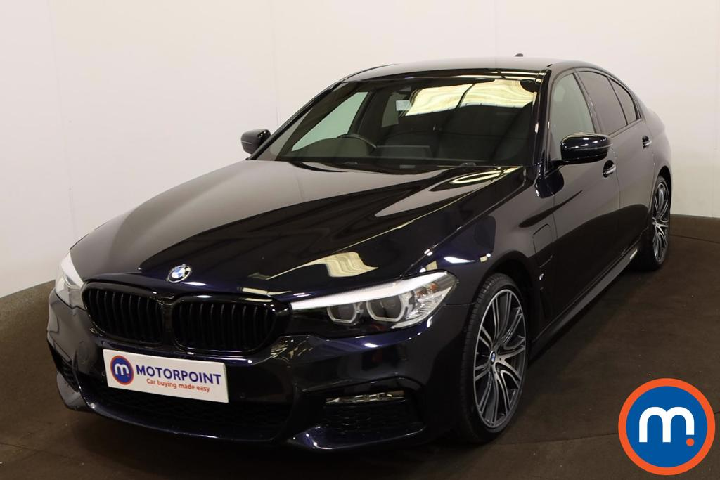 BMW 5 Series 530e M Sport 4dr Auto - Stock Number 1208899 Passenger side front corner