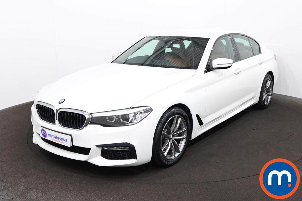 BMW 5 Series 520i M Sport 4dr Auto - Stock Number 1214871 Passenger side front corner