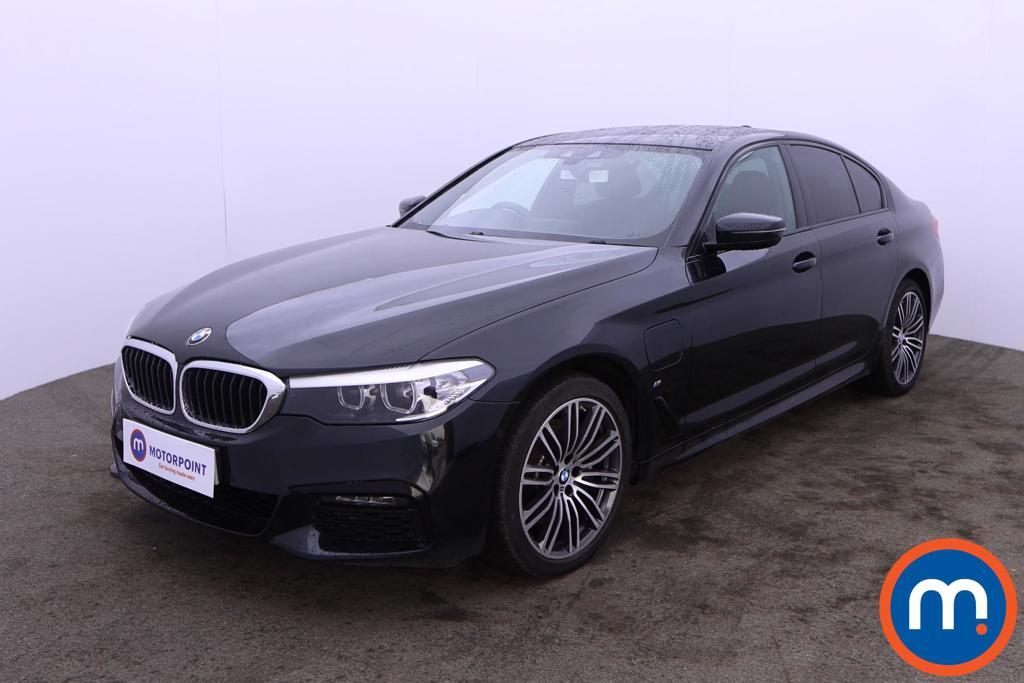 BMW 5 Series 530e M Sport 4dr Auto - Stock Number 1215310 Passenger side front corner