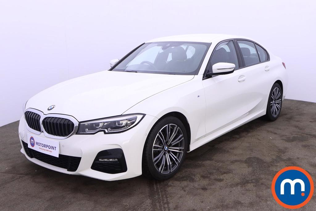 BMW 3 Series 320i M Sport 4dr Step Auto - Stock Number 1228503 Passenger side front corner